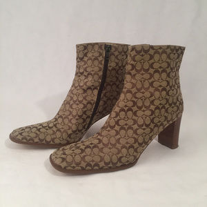 COACH Brianna Ankle Logo Boots Size 8B